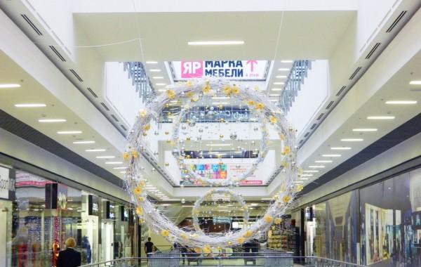 Новогоднее оформление ТРК Арена 2012
